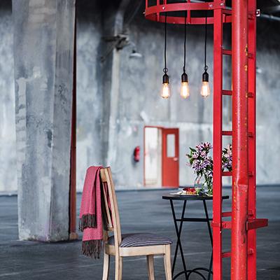 domicil new loft. Black Bedroom Furniture Sets. Home Design Ideas